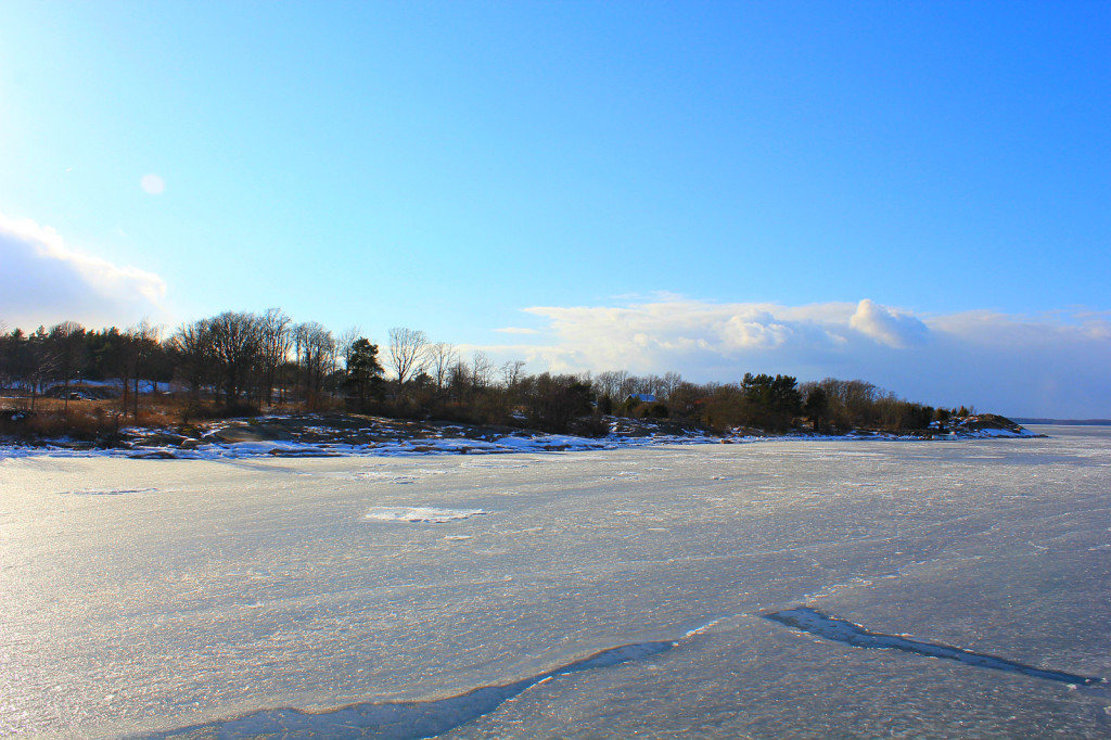 Aspö, Szwecja - zamarznięte morze i my na lodołamaczu :-)