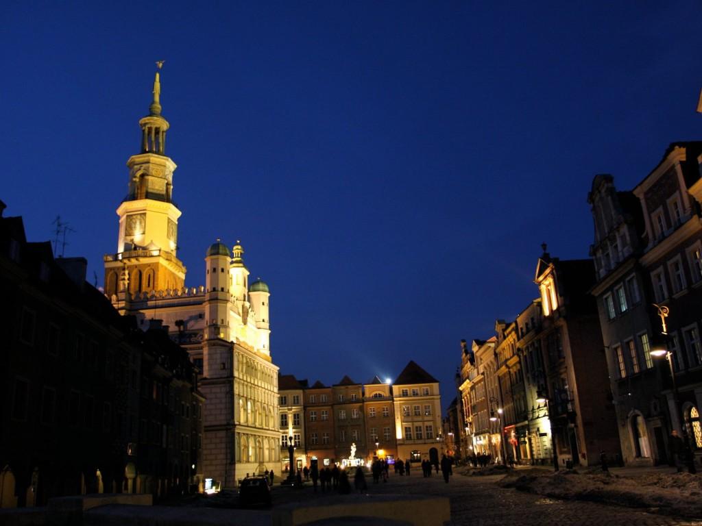 Nocny spacer przez Stary Rynek w Poznaniu