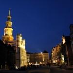 Poznań: Stary Rynek w nocy; źródło zdjęcia: http://www.flickr.com/photos/travelingotter/4400235702/