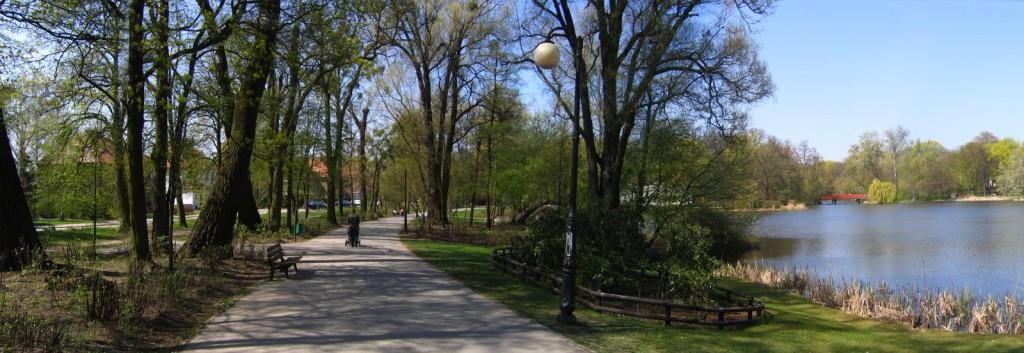 Poznań: Park Sołacki; źródło zdjęcia: http://pl.wikipedia.org/wiki/Plik:Park_So%C5%82acki2.jpg