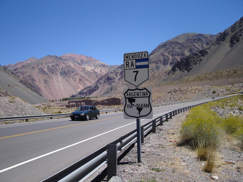 Autostrada panamerykańska, najdłuższa droga świata