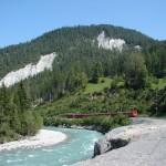Szwajcaria: kanion Ruinaulta na trasie Glacier Express; autor zdjęcia: Kurt Zwahlen