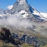 Szwajcaria: szczyt Matterhorn na trasie Glacier Express; autor zdjęcia: Carlos Garcia