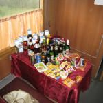 Kolej transsyberyjska: mini bar :) Źródło zdjęcia: http://www.flickr.com/photos/brostad/2764451745/