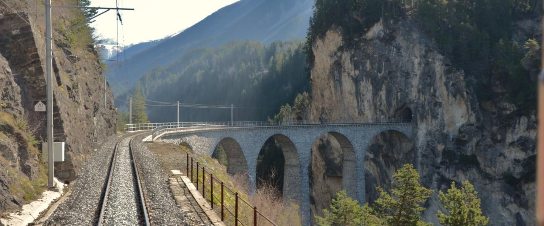 Baśniowa podróż przez Alpy z Glacier Express