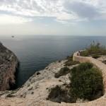 Malta: taras z widokiem na Blue Grotto