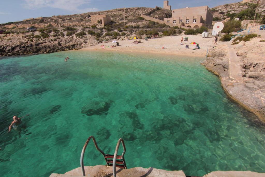 Plaża Hondoq Bay na Gozo, Malta