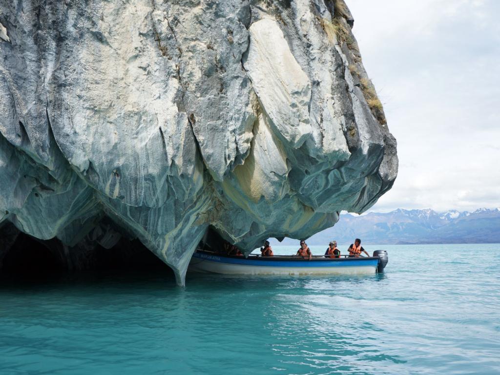 Cuda natury: jasknie Marble Caves