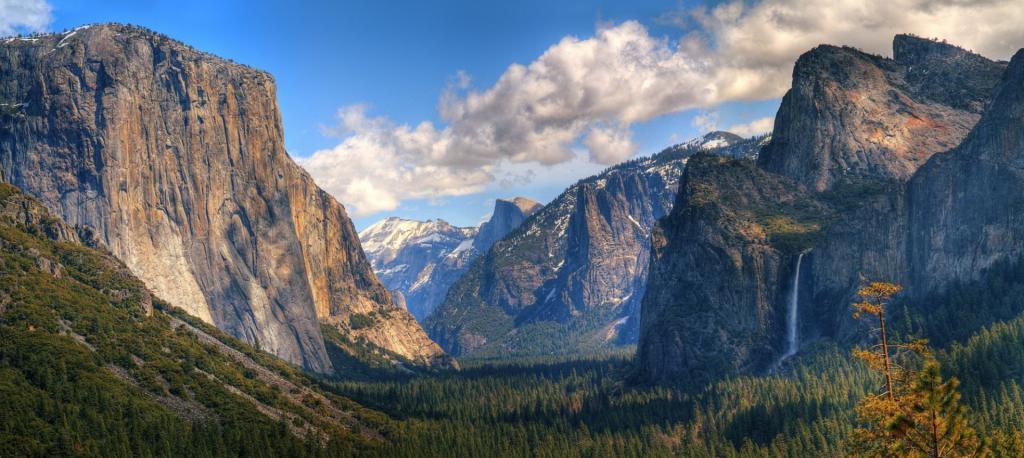 Park Narodowy Yosemite, panorama Yosemite Valley. Autor zdjęcia: John Colby