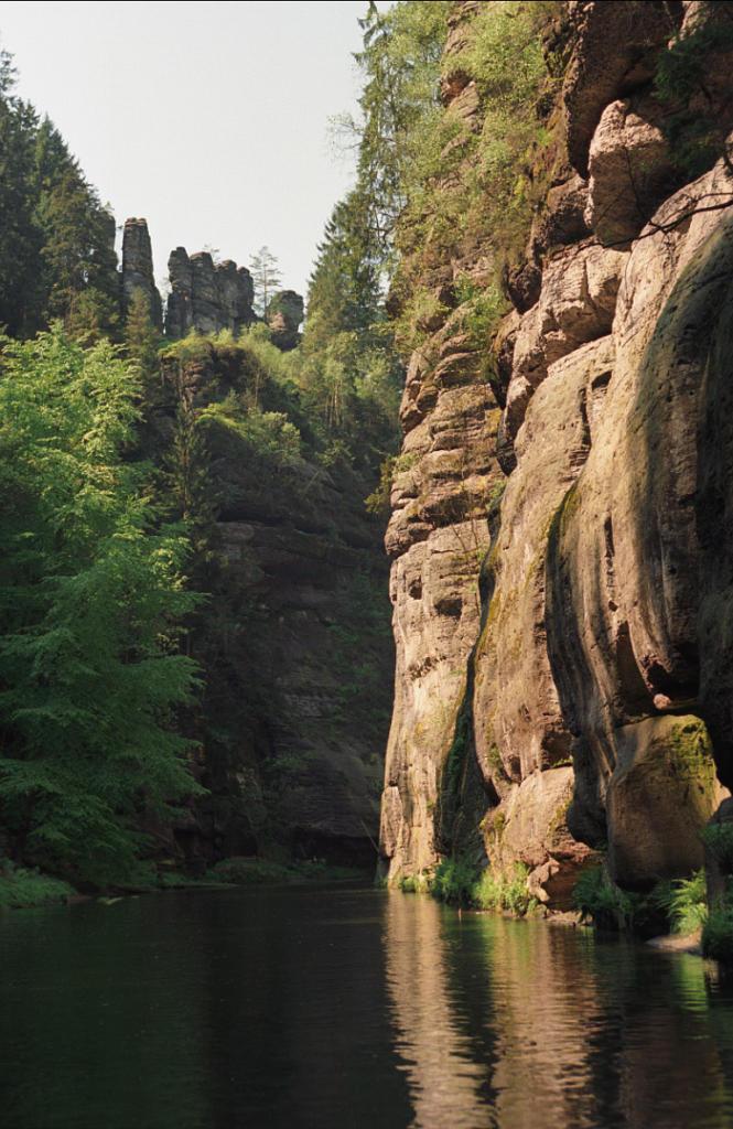 Czeska Szwajcaria: przełom Edmundova Soutěska. Autor zdjęcia: Jerzy Strzelecki