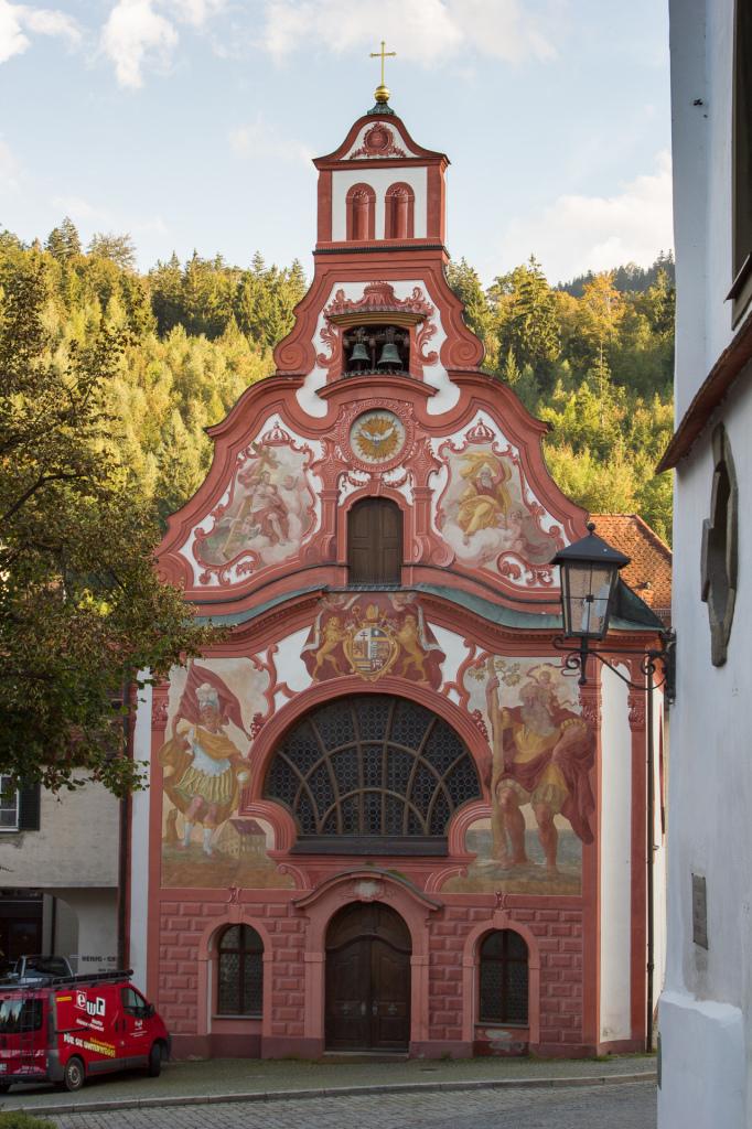 Niemcy: kolorowy kościół w Füssen