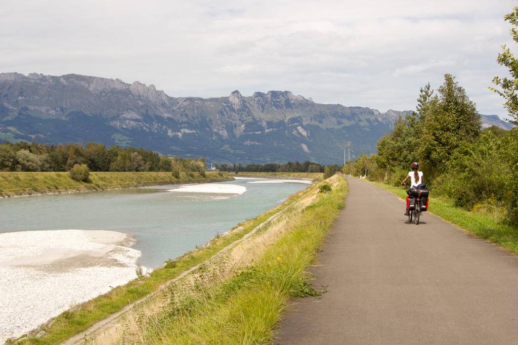 Liechtenstein: szlak wzdłuż Renu