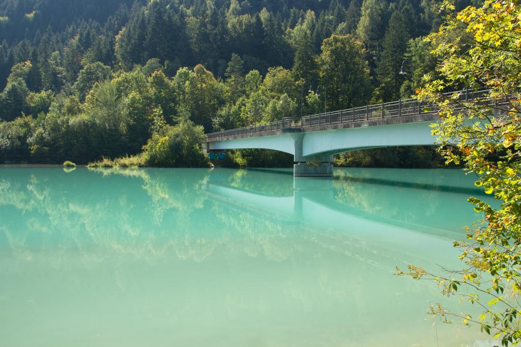 Niemcy: most na rzece Lech w Füssen