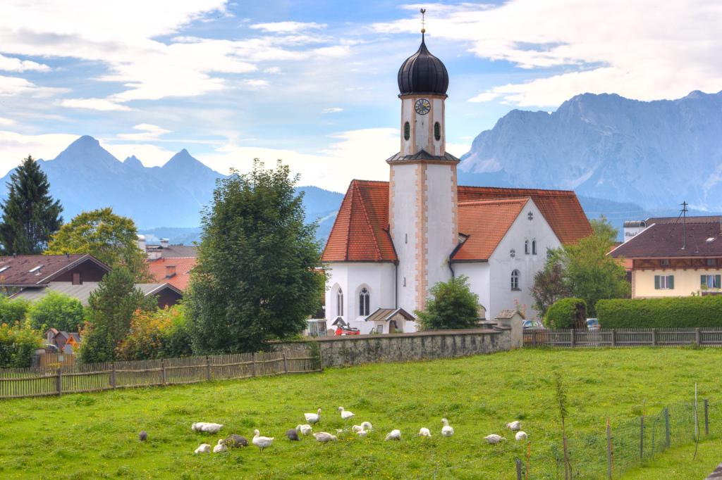 Niemcy: Bawaria. Kościół w Garmisch-Partenkirchen