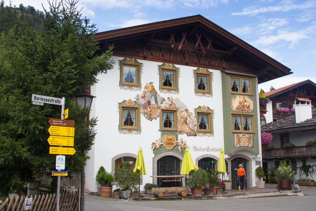 Niemcy: Bawaria. Tradycyjny domek