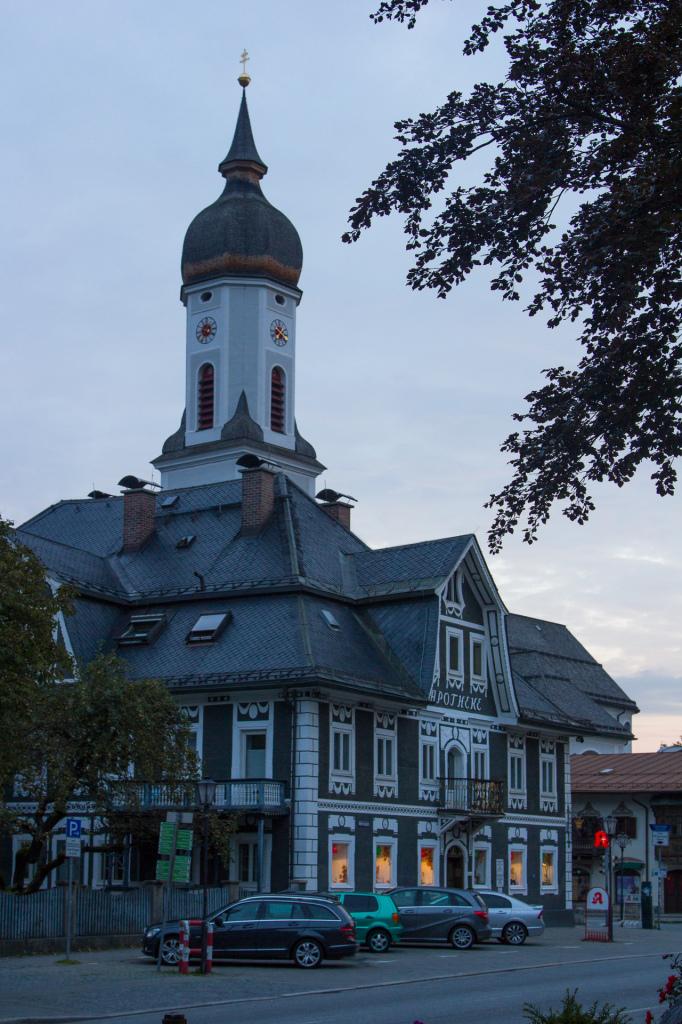Niemcy: wieczorne Garmisch-Partenkirchen