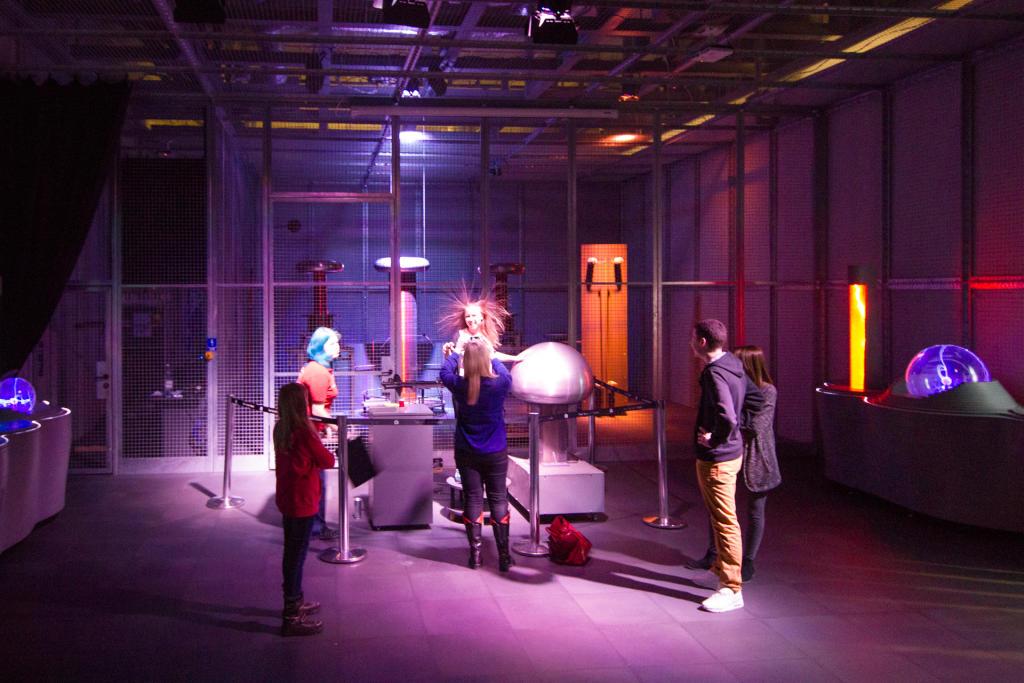 Warszawa: Teatr Wysokich Napięć w Centrum Nauki Kopernik