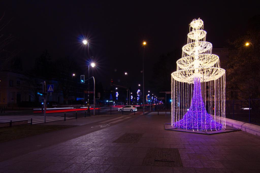 Warszawa: świąteczny wystrój miasta