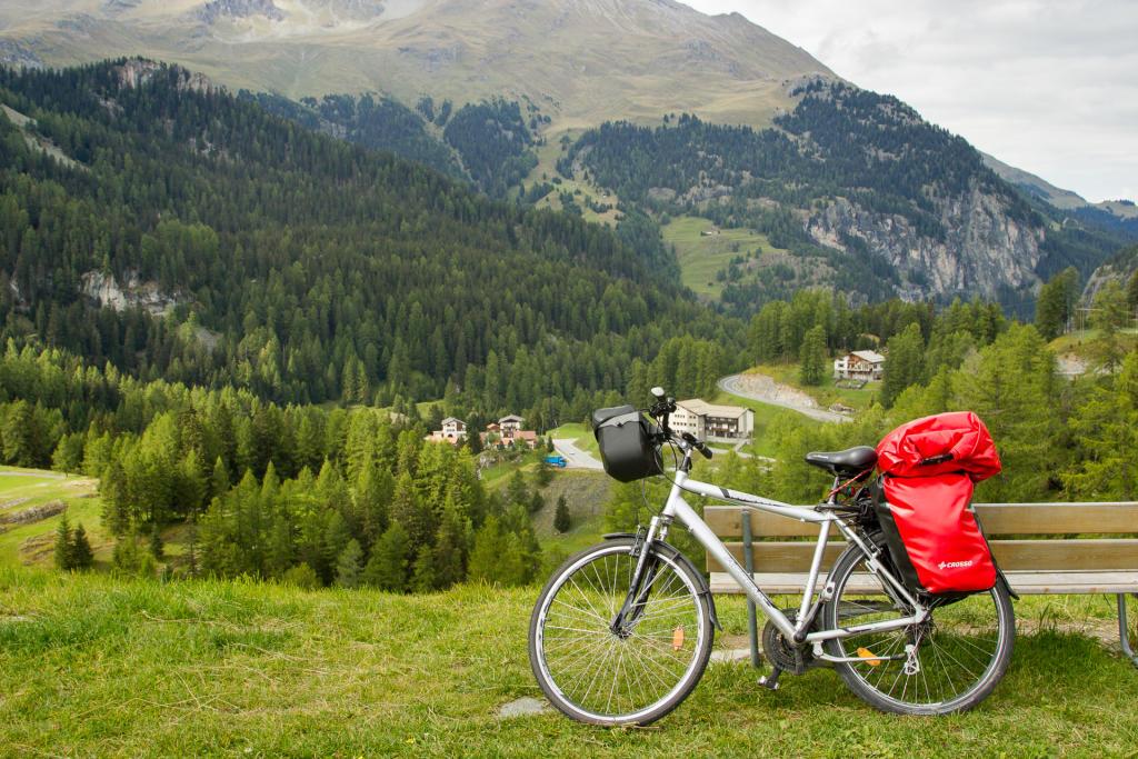 Szwajcaria: jezioro Marmorera
