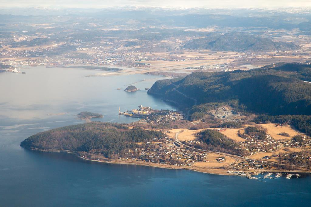 Norwegia: widok z samolotu na Stjørdal