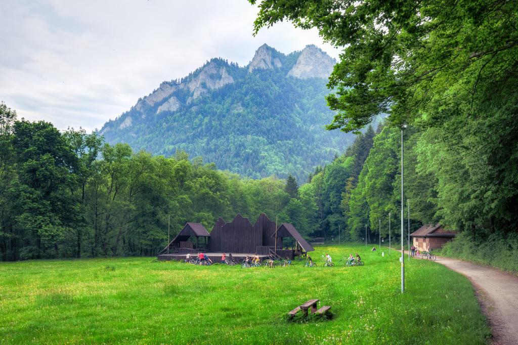 Pieniny: widok na Trzy Korony z okolic Czerwonego Klasztora