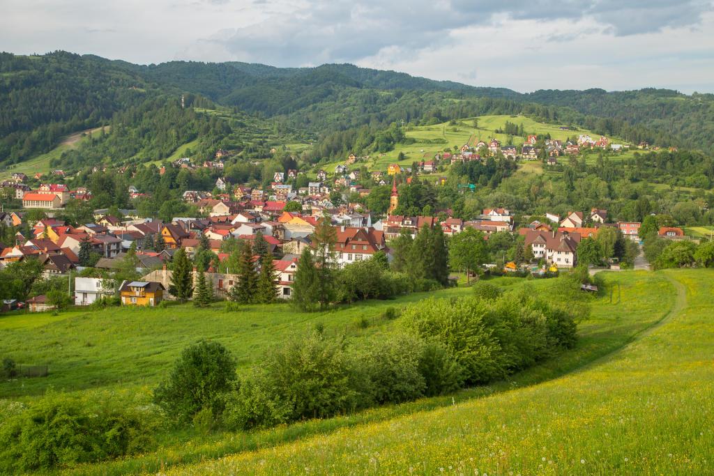 Pieniny: widok na Krościenko nad Dunajcem