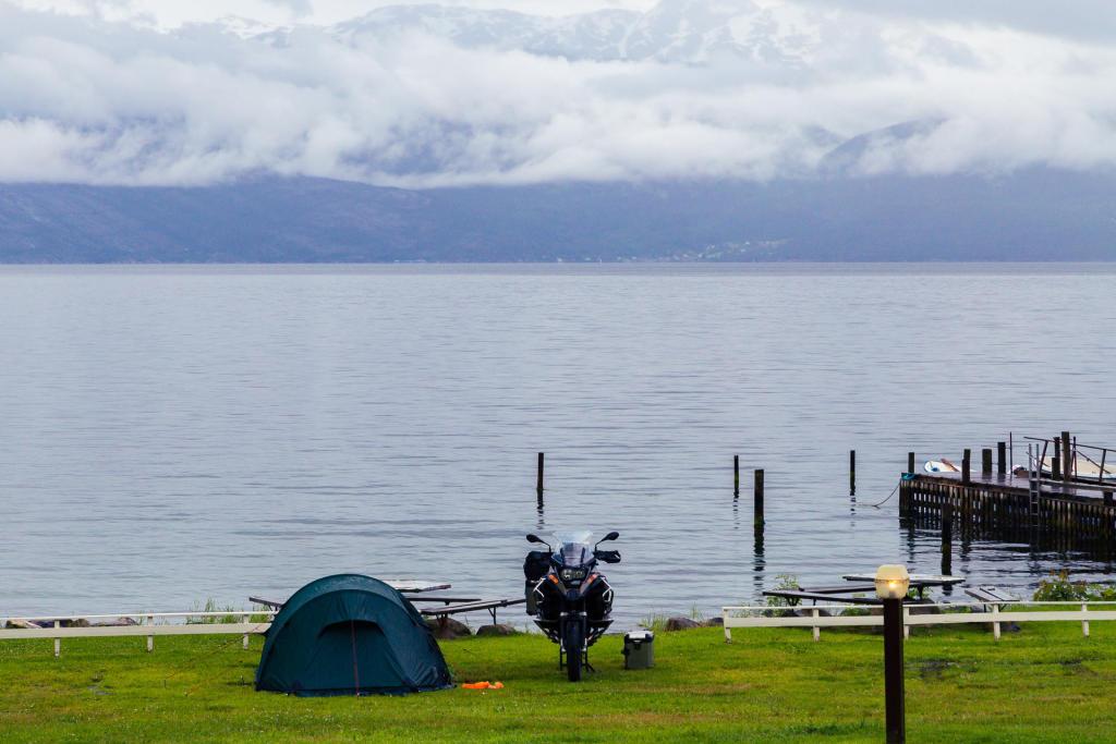 Norheimsund: nasi sąsiedzi na polu namiotowym