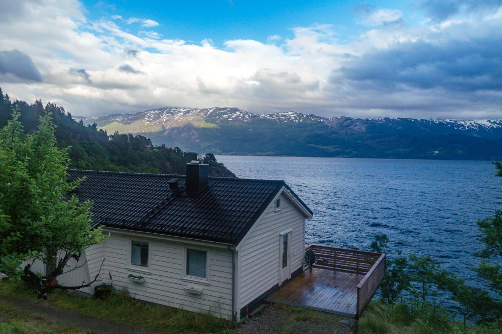 Domek z widokiem na Hardangerfjord