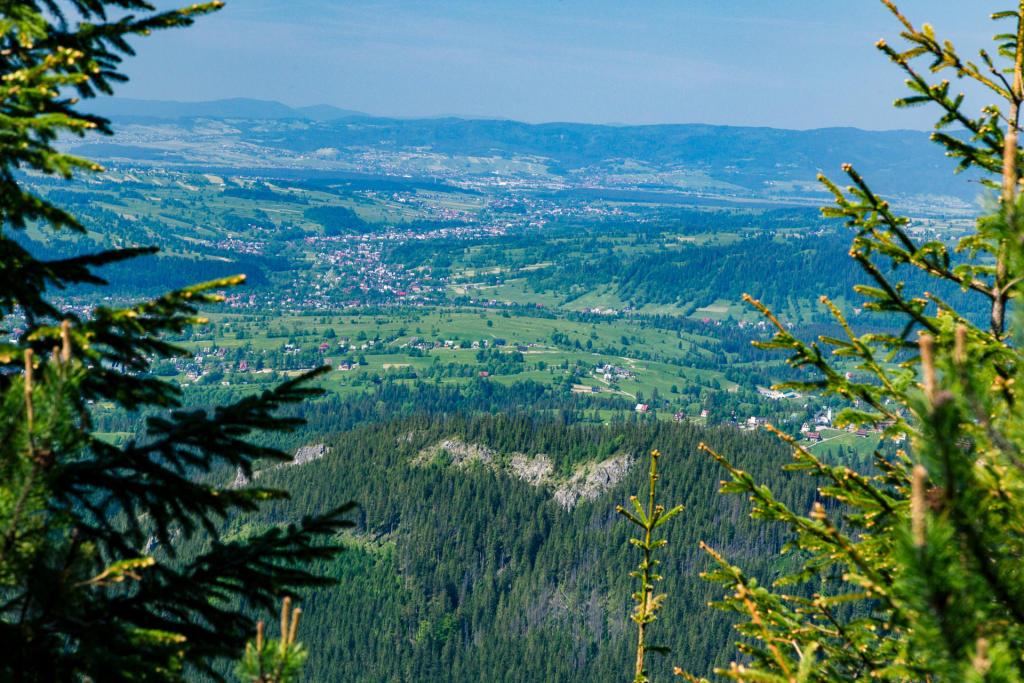 Widok z przełęczy między Kopami, Tatry