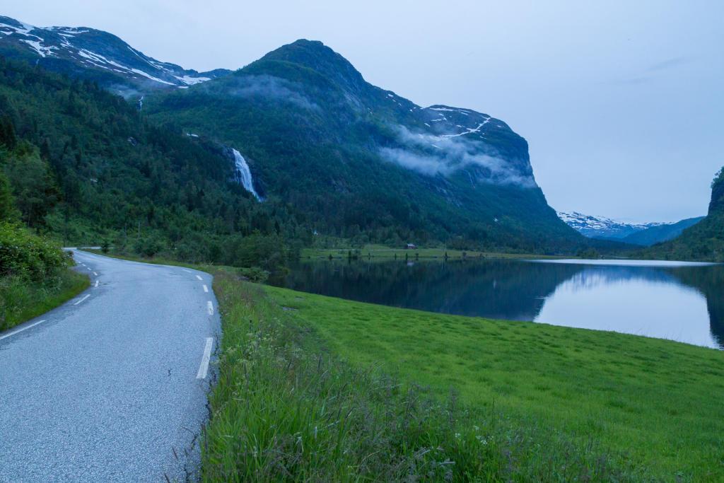 Trasa z Kvanndal do Ulvika