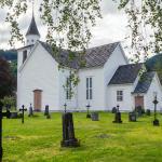 Zabytkowy kościół w Ulviku