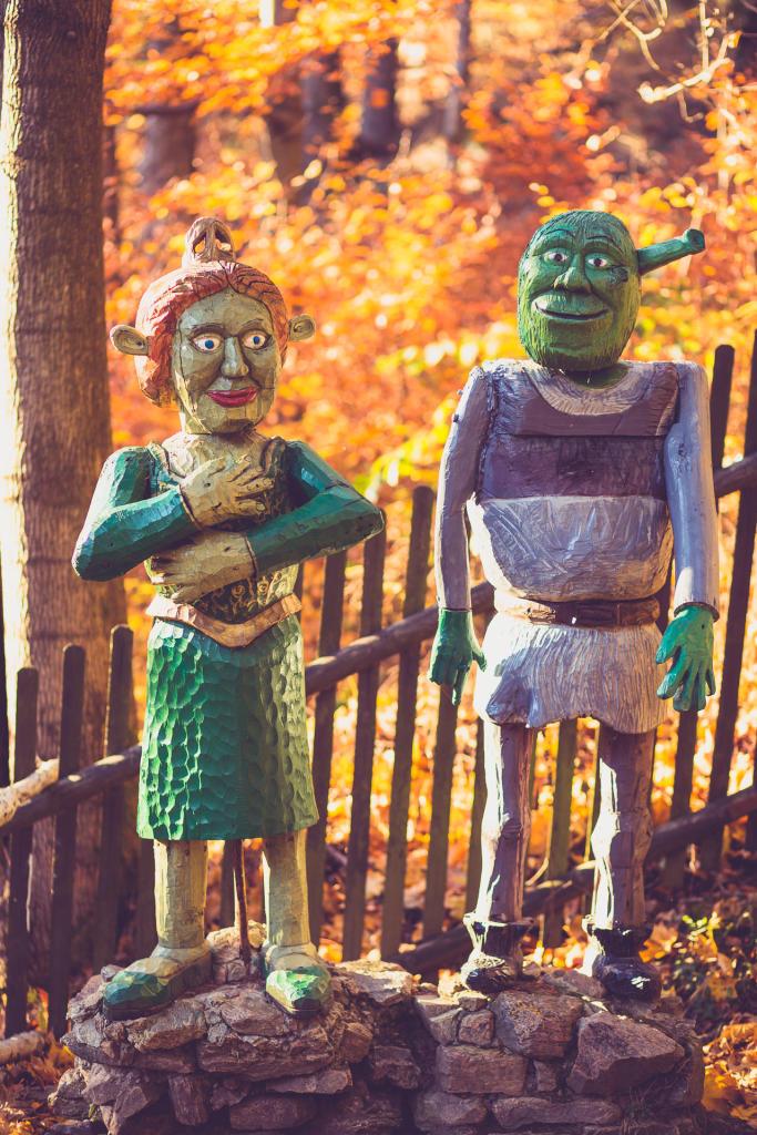 Shrek i Fiona w Ogrodzie Bajek w Międzygórzu