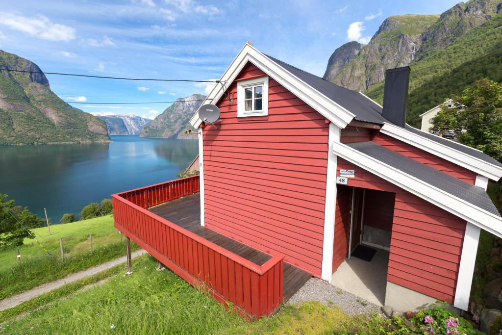 Domek z widokiem na Aurlandsfjord