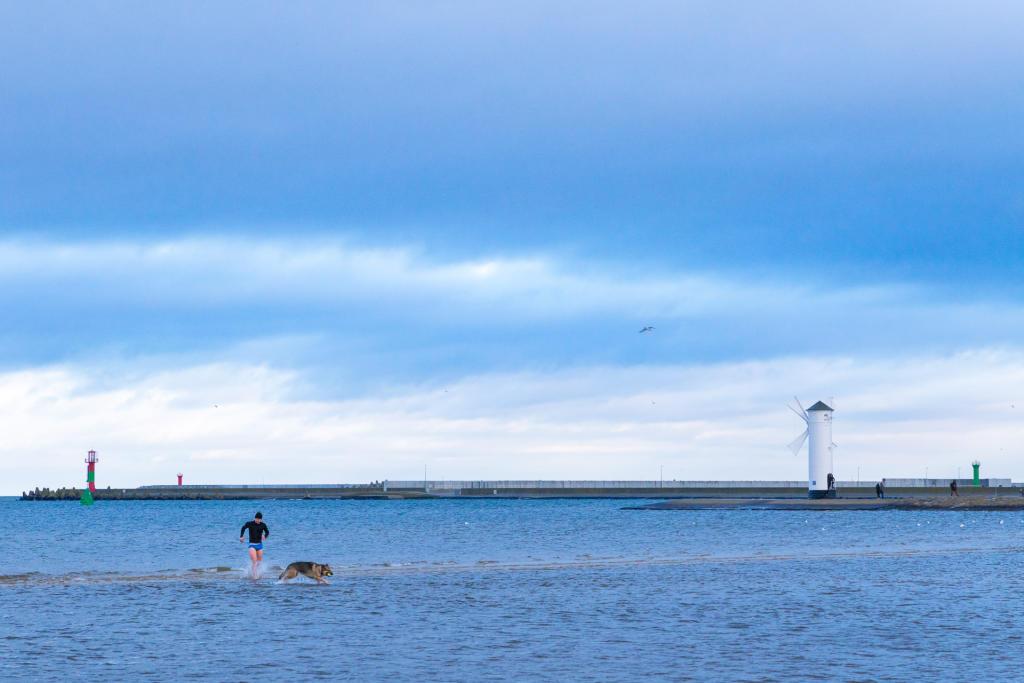 Świnoujście: zimowy Bałtyk
