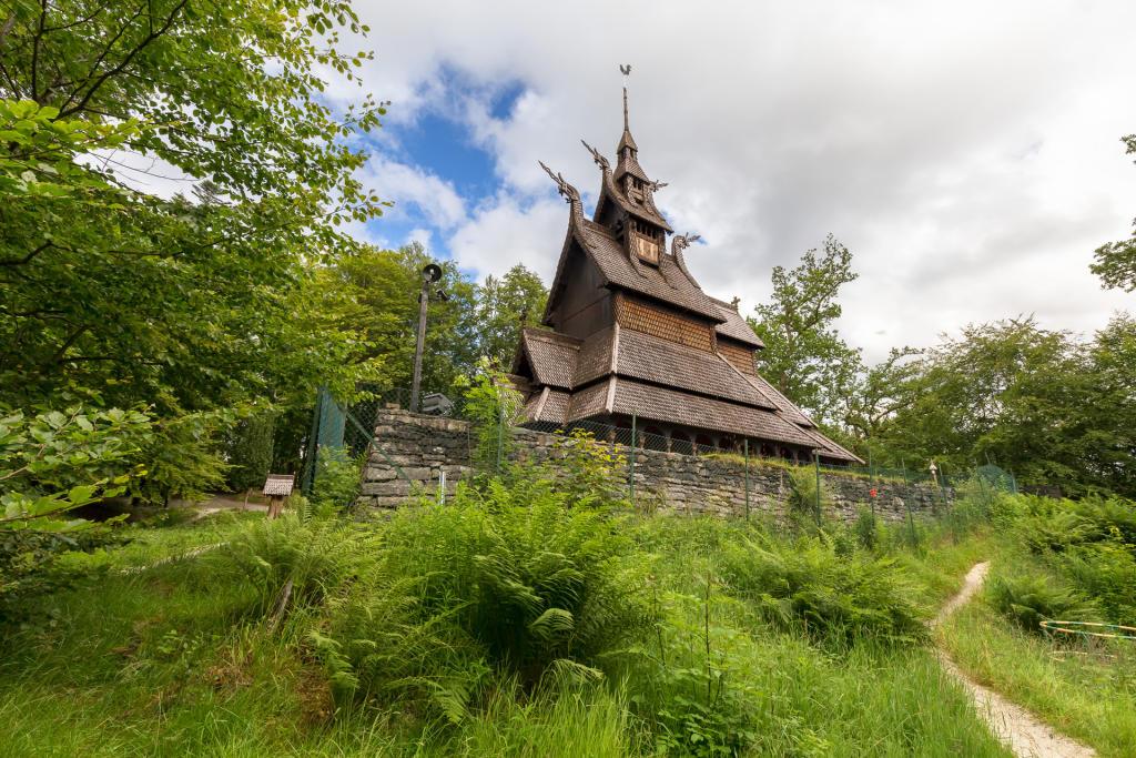 Kościółek Fantoft w Bergen