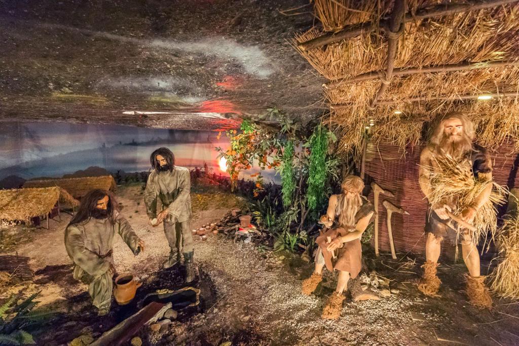 Wieliczka: wystawa z pierwszymi górnikami