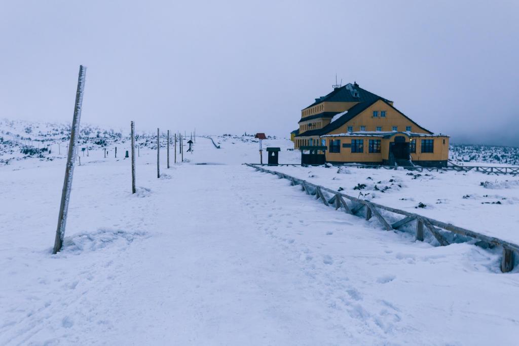 Schronisko Dom Śląski w Karkonoszach