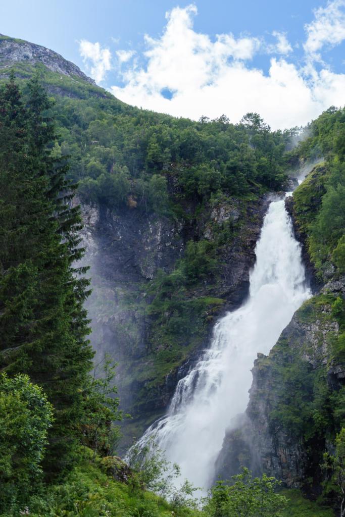 Wodospad Stalheimsfossen