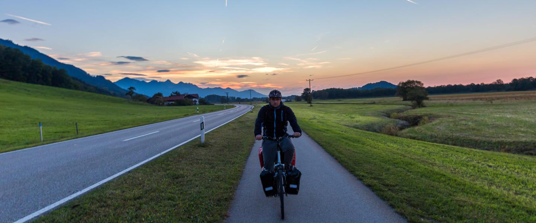 Jak zorganizować wyprawę rowerową w Alpy Bawarskie?