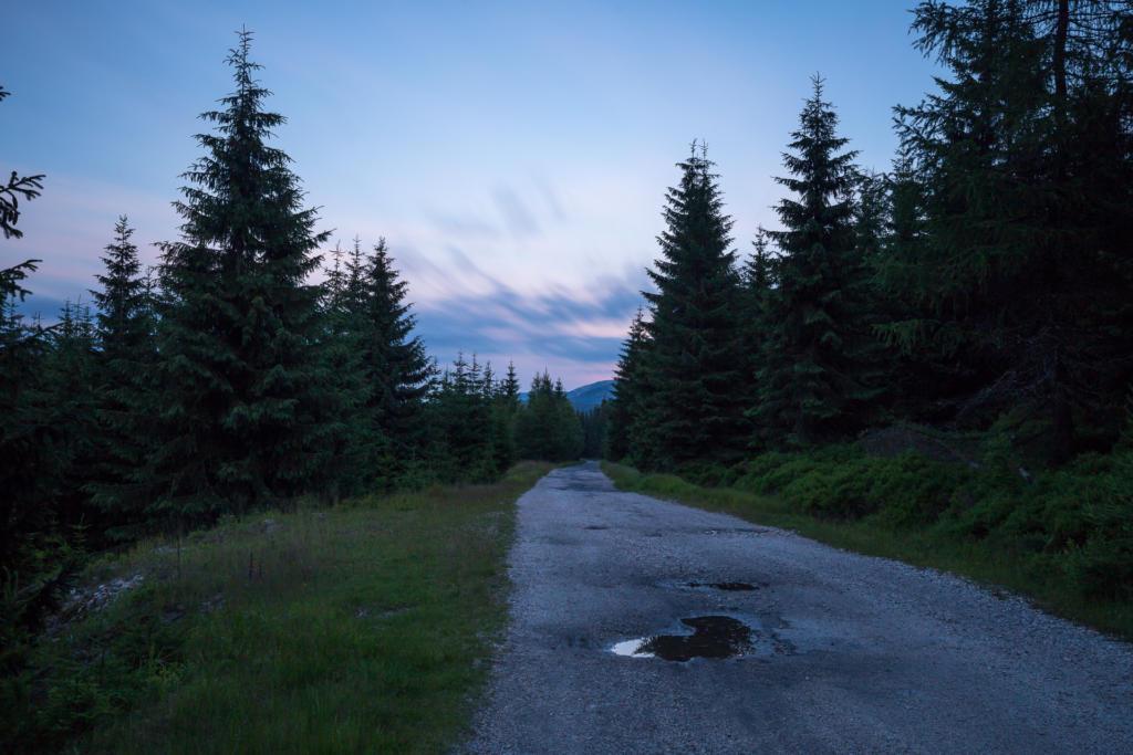 Droga na Wysoki Kamień. Góry Izerskie