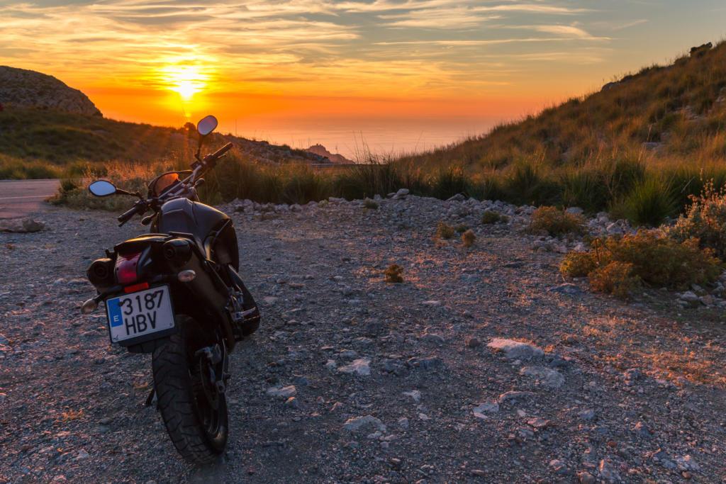 Zachód słońca w drodze do Sa Calobra